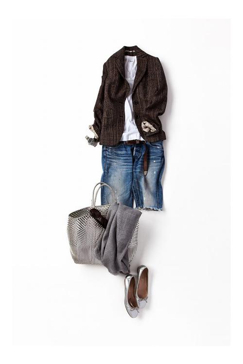 着慣れたカジュアルスタイルに、ジャケットをプラス