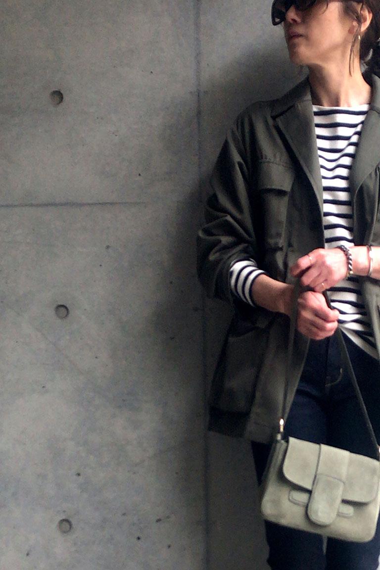 女らしく着るミリタリー5