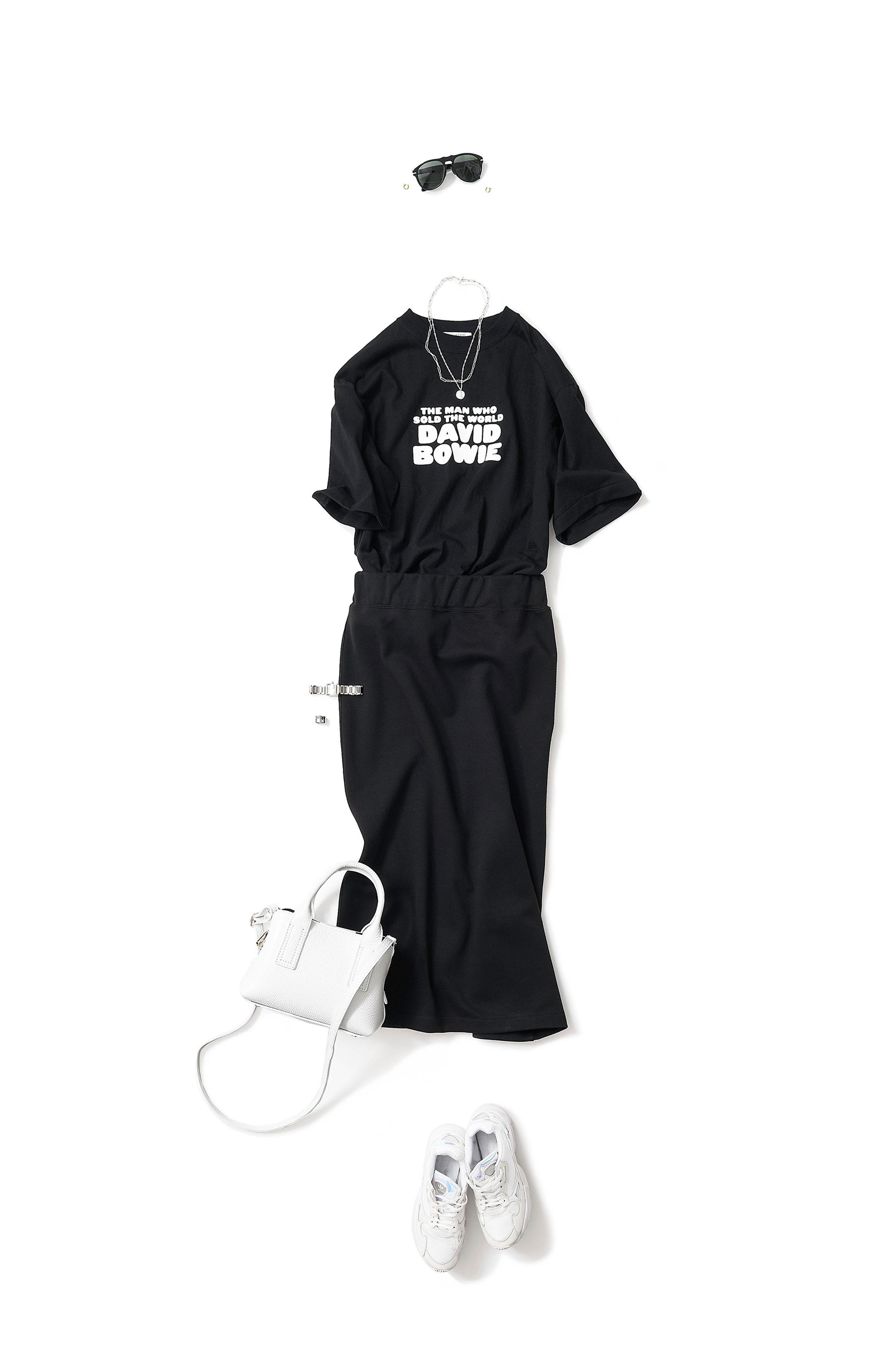 Tシャツ×タイトスカート・part 2