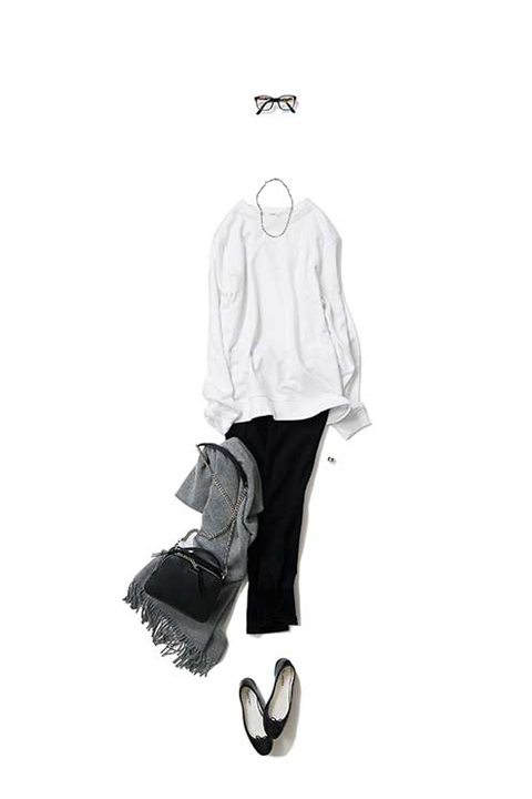 white sweatshirt variation