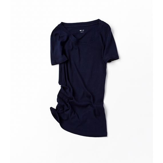 女らしさを感じるTシャツ