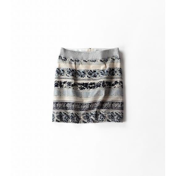 大人ムードなプリントスカート