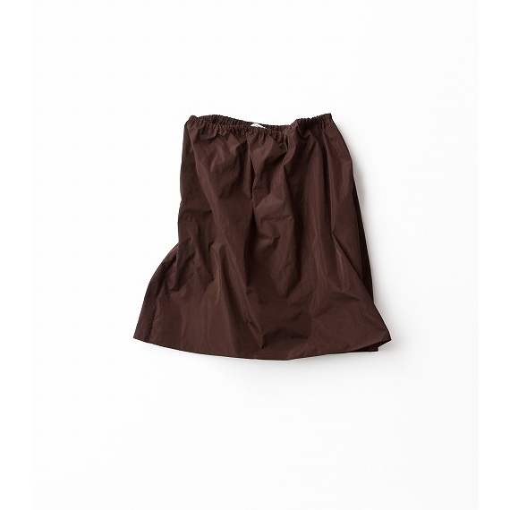 大人っぽくはける夏のふんわりスカート
