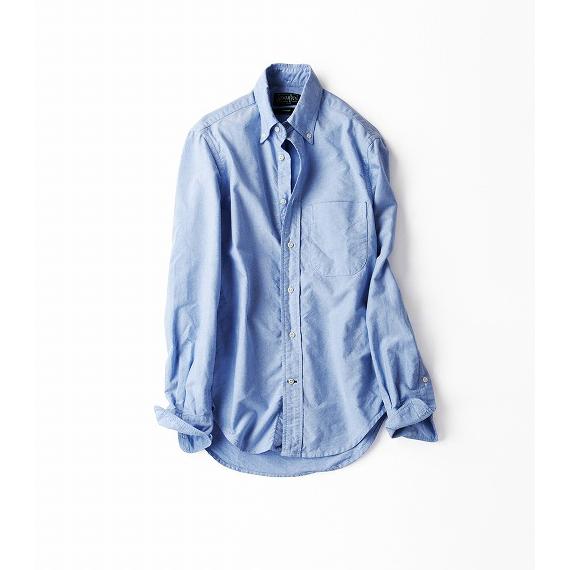 サックスブルーのボーイフレンドシャツ