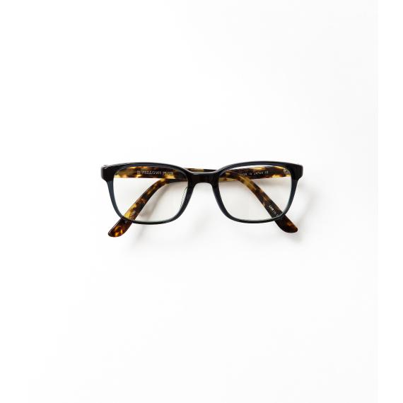 眼鏡をアクセサリー感覚で楽しむ