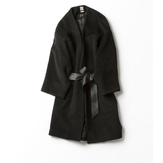 ガウンみたいなニットカーディガンみたいな  気軽なブラックコート