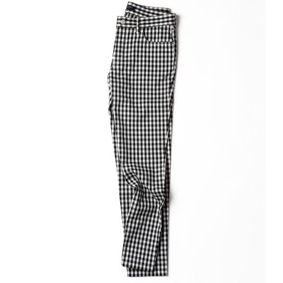 黒×白のギンガムチェックパンツ