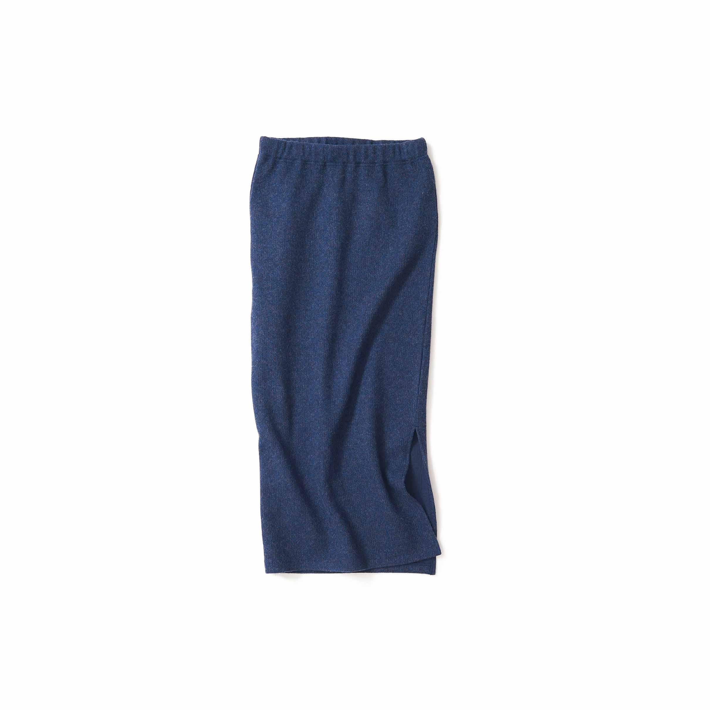 柔らかく暖かい。冬のタイトスカート