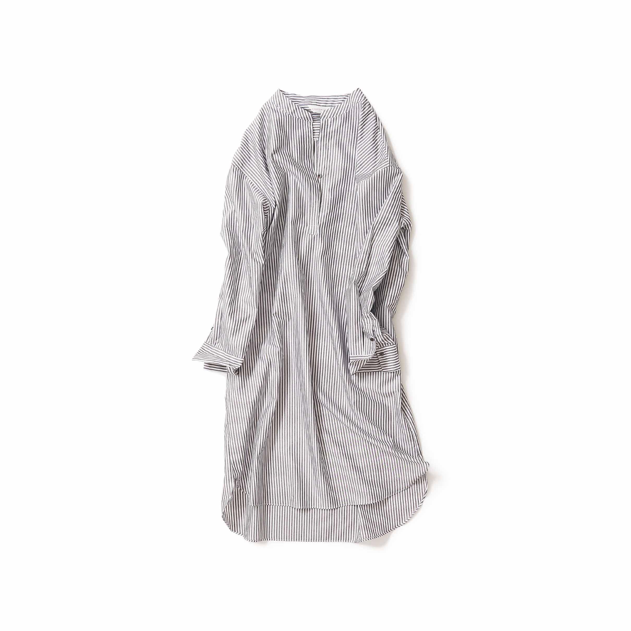 涼やかなロングシャツ