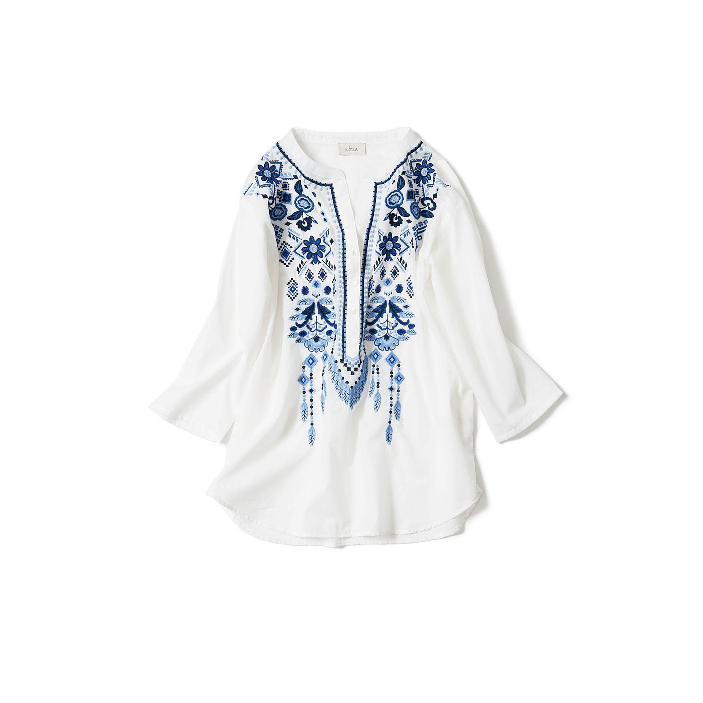 ブルー刺繍のカフタンシャツ
